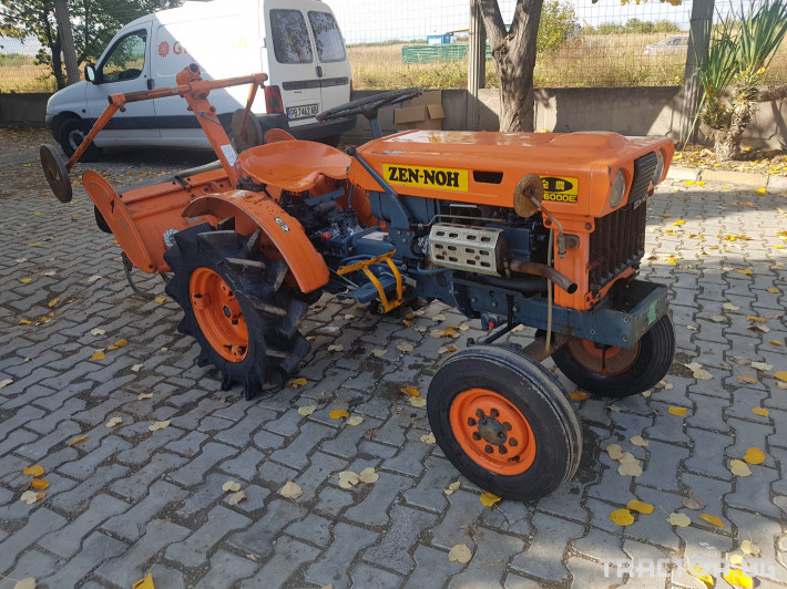 Трактори Kubota Б6000 1 - Трактор БГ